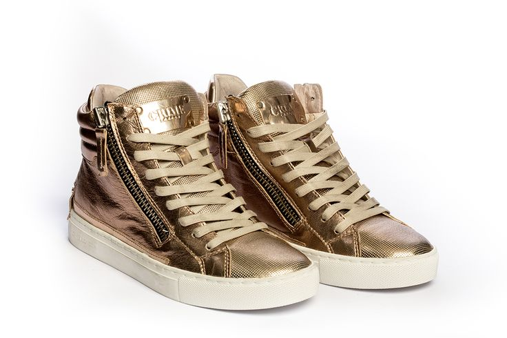 Golden sneakers booties by Crime Of London. #crimeoflondon #galleriadiscarpe #thessaloniki #shoes #shoestore #shoeporn #sneakers #booties #gold