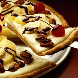 Oh my yum: Banana split dessert pizza!!