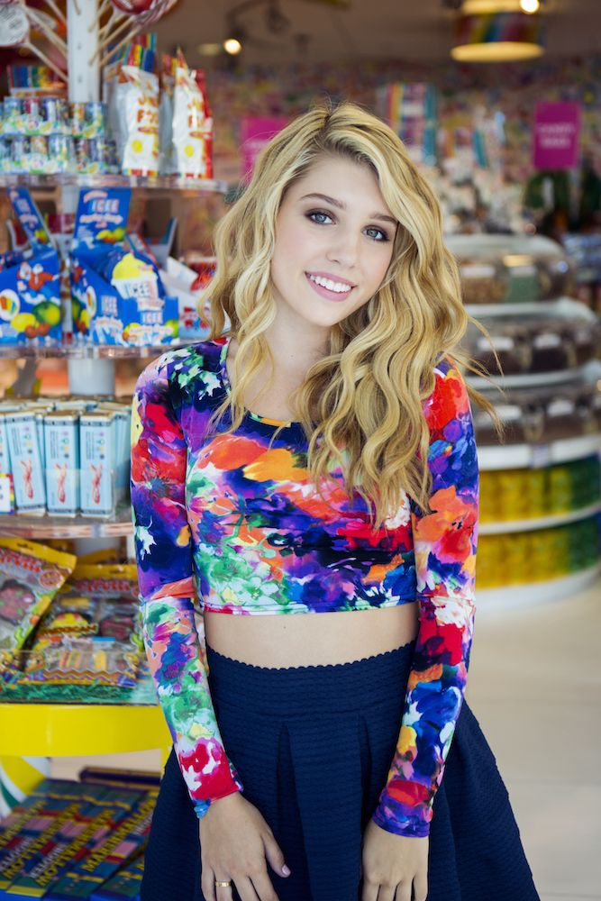 """Paris Smith Talks Maddie Van Pelt and """"Every Witch Way"""" – Exclusive Interview"""