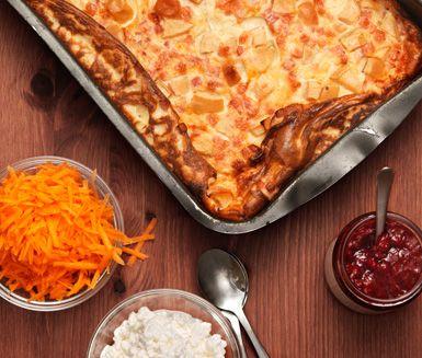 Ungspannkaka är svårslaget när du enkelt vill laga en god lunch eller middag. Pannkakan smaksätts med bacon och äpple. Du gör ungspannkakan extra nyttig genom att servera den tillsammans med cottage cheese, lingonsylt och rårivna morötter.