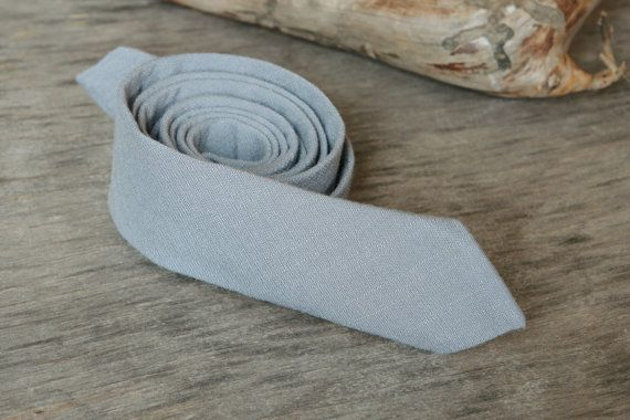Silver Grey Tie / Men's skinny tie / Wedding by TheBestBoysTies