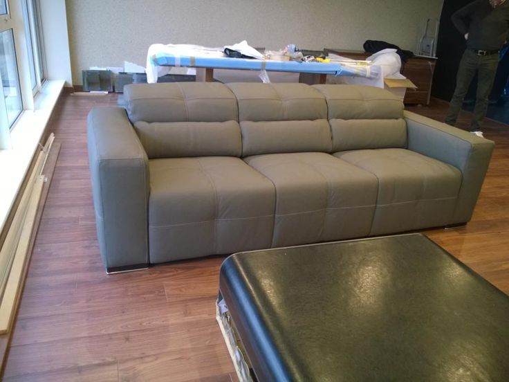 Milano Italian Leather 3 Seater Sofa. Fixed Sofa With Adjustable Headrests.  Delivered To Our