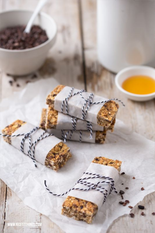 Nicest Things - Food, Interior, DIY: Frühstücksideen: Chia-Bananenbrot & selbstgemachte Müsliriegel