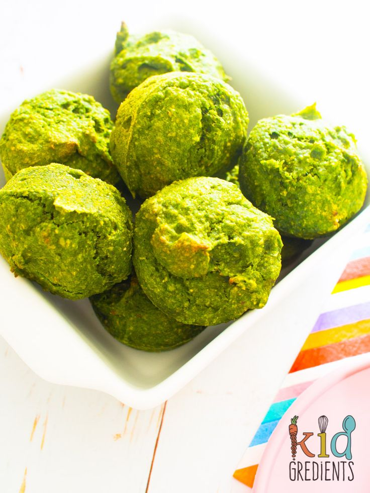 Green muffins with spinach, banana and date.The perfect way to pop extra veggies into a muffin.Call them hulk, monster, kermit...whatever works!