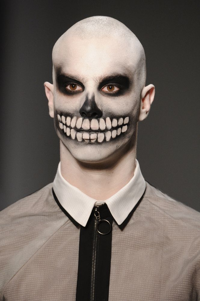 scary halloween makeup ideas for men. Black Bedroom Furniture Sets. Home Design Ideas