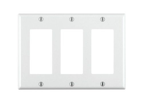 Leviton 80411-W 3-Gang Decora/GFCI Device Decora Wallplate, Standard Size, Thermoset, Device Mount, White