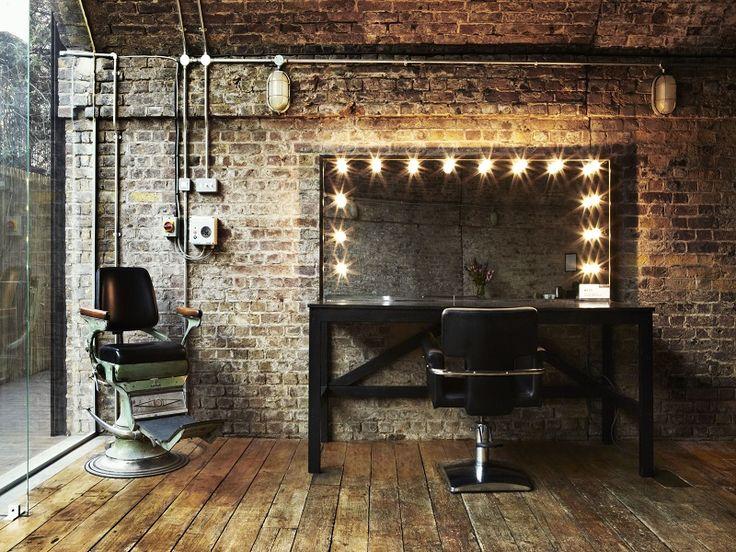 Best 40+ Makeup Station Ideas