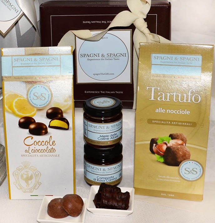 Sweet Memory Gift Box... another Spagni & Spagni's fantastic gift with delicous product #chocolate #honey #jam find out https://goo.gl/8lj3qa
