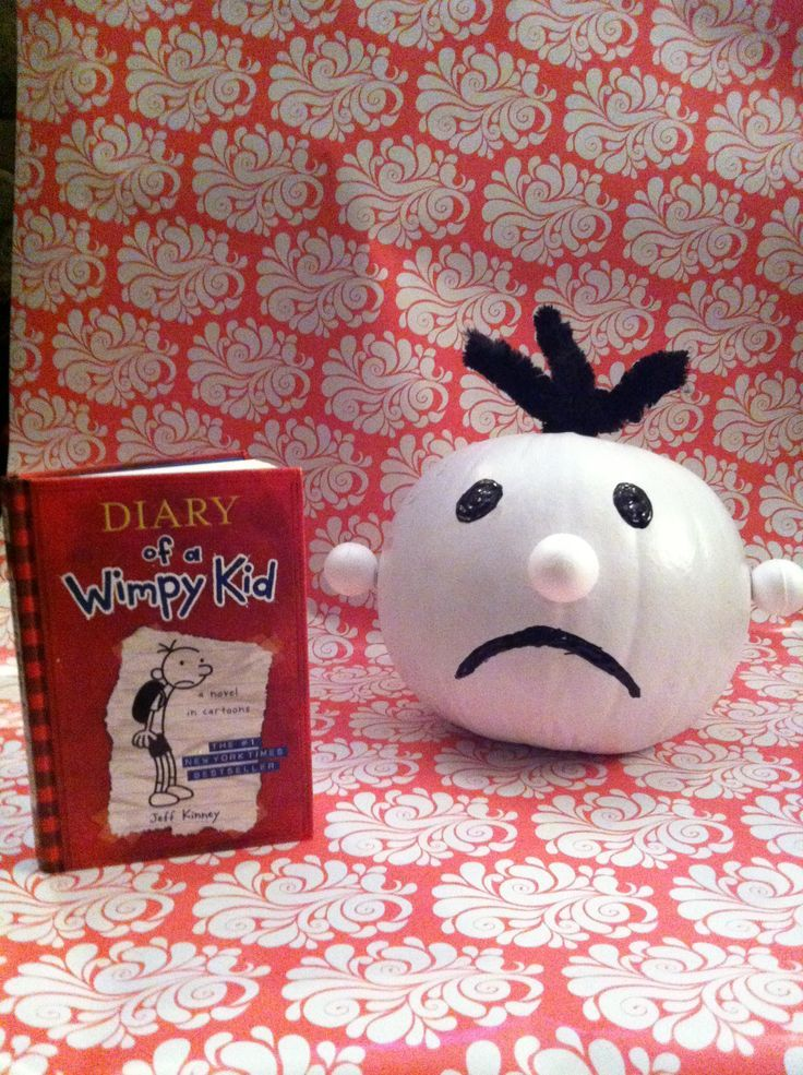 19 best pumpkin decorating contest images on pinterest for Diary of a wimpy kid crafts