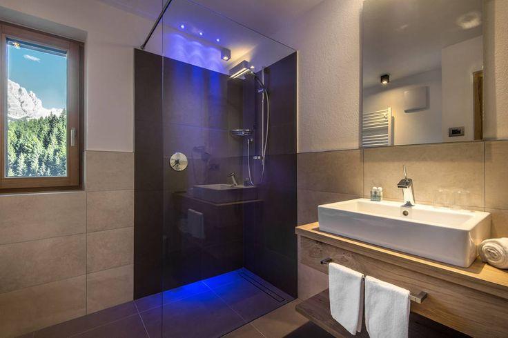 Appartamento a La Villa, Italia. Nuovo e spazioso appartamento per famiglie al primo piano con due camere da letto,balcone con vista…