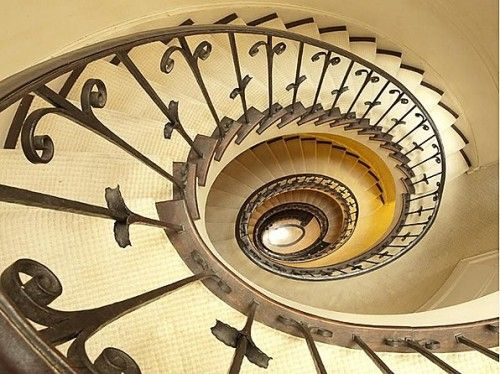 The staircase forms a spiral up six floors of the home, which was built in 1930, reportedly as a wedding present for Charles C. Auchincloss, a New York lawyer, stockbroker and book collector. The 10,000-square-foot home is one of the largest homes in Manhattan, and with an equally large price tag.: Spirals Staircases, Dreams Home, Spirals Stairs, Built In, Luxury Staircases, Upper East Side, New York, Money Maker,  Spirals