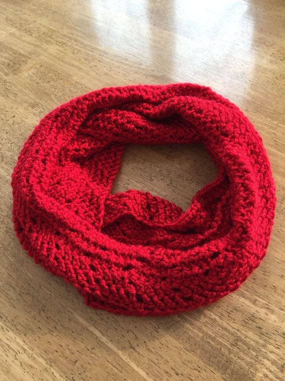 valentine Red cowl scarf handmade by DixieCrochet on etsy.ca