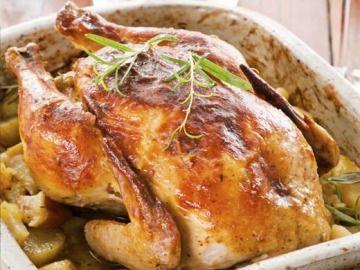 Nadívané kuře žemlovou nádivkou