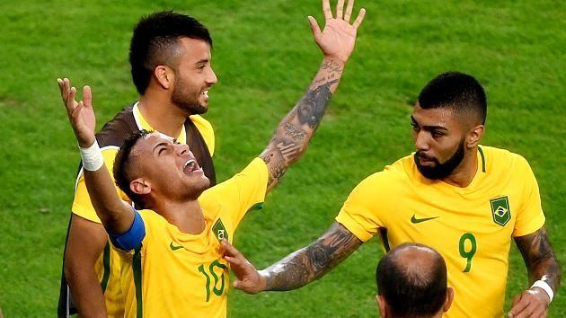 Olympiaendspiel: Brasilien-Deutschland - Neymar schießt das 1:0 - Neymar schreit seinen Jubel heraus
