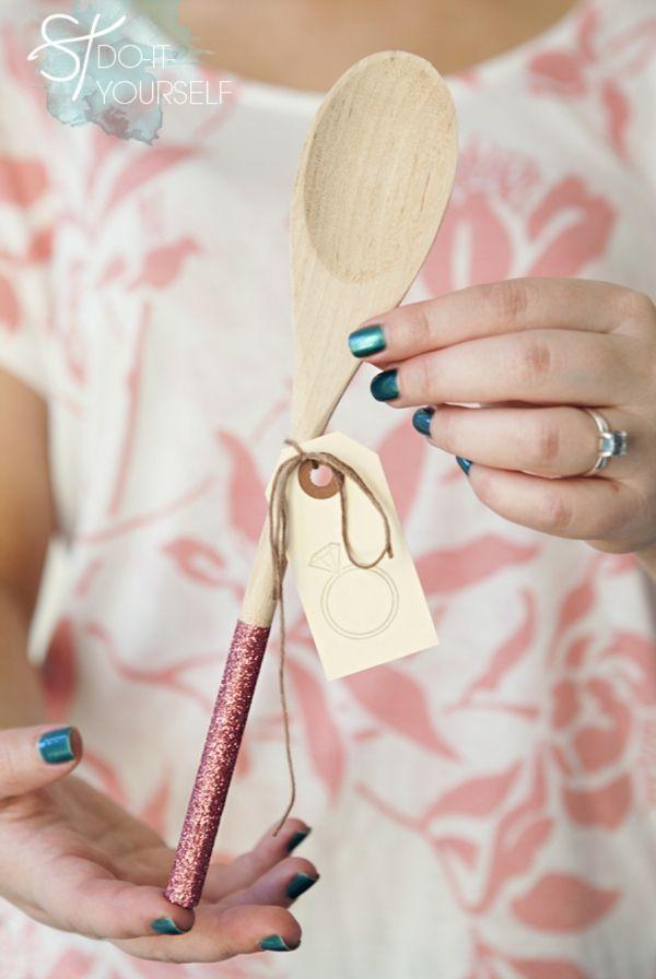 Chá de Panela | Colher de pau como lembrancinha e decoração