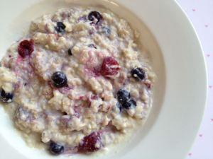 Chia Seed Porridge with Berrys