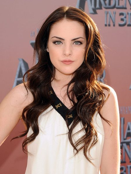 "Elizabeth Gillies - ""The Last Airbender"" New York Premiere - Outside Arrivals"