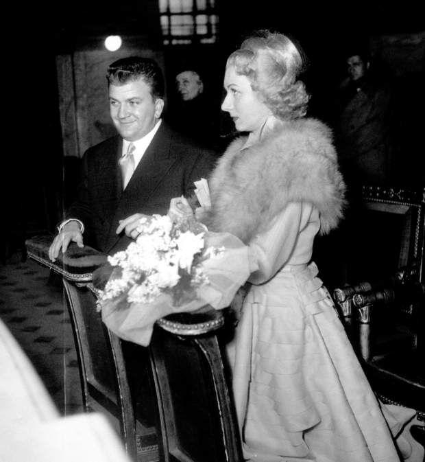 Le 26 octobre 1951, Claude Gensac épousait Pierre Mondy, rencontré aux cours Simon