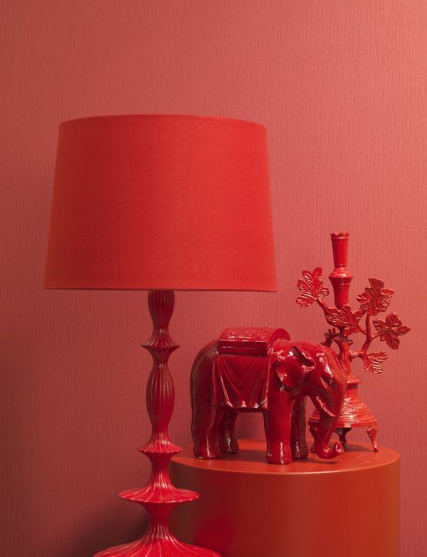 Textured Red Wallpaper In A Monochromatic Decor Scheme | Serene Burgundy  SR1289 #wallpaper #red