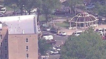Πληροφορίες για αρκετούς τραυματίες στο νοσοκομείο της Νέας Υόρκης   Τουλάχιστον τρεις γιατροί δέχτηκαν πυροβολισμούς στο νοσοκομείο Lebanon του Μπρονξ σύμφωνα με αξιωματικό της Πυροσβεστικής Υπηρεσίας της Νέας Υόρκης... from ΡΟΗ ΕΙΔΗΣΕΩΝ enikos.gr http://ift.tt/2ttlTP5 ΡΟΗ ΕΙΔΗΣΕΩΝ enikos.gr