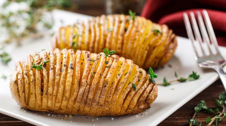 Valami egyszerűt vacsorára: Legyezőkrumpli serpenyőben sütve - Receptek | Ízes Élet - Gasztronómia a mindennapokra