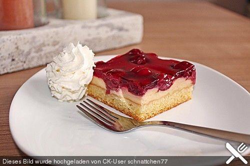 Kirsch - Schmand - Blechkuchen, ein schmackhaftes Rezept ...