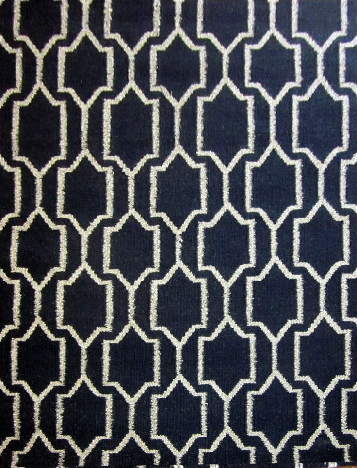 The Black Woollen Flatweave Durrie Rug is a beautiful modern floor rug. View here: https://www.rugsofbeauty.com.au/collections/winterton/products/woollen-flatweave-durrie-rug-gymea-black-natural