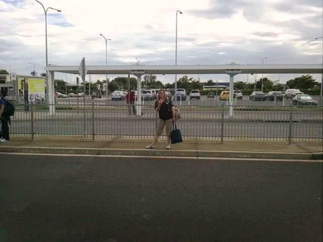 Cairns Airport Rush hr