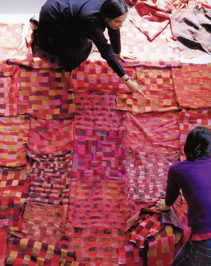 Quilt layoutRed, Inspiration, Pattern, Colors Stories, Textiles, Pink, Fabrics, Fiber Art, Bohemian
