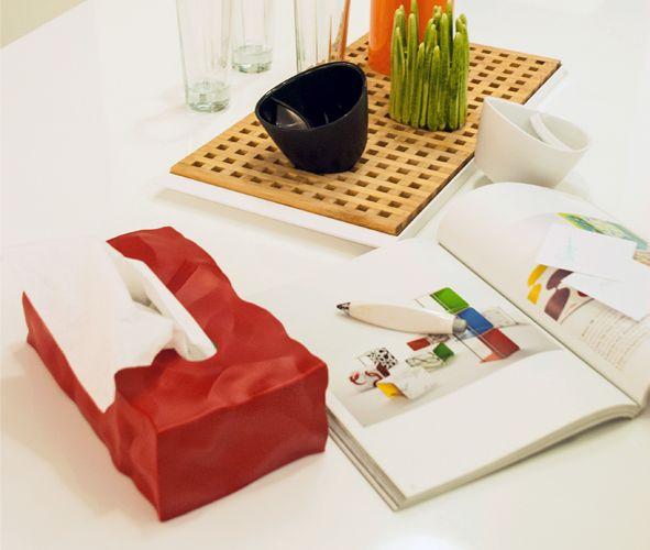 皺皺面紙盒深受紐約 MOMA現代藝術博物館喜愛的明日之星,皺皺面紙盒。    屢獲國際青睞的丹麥設計品牌…
