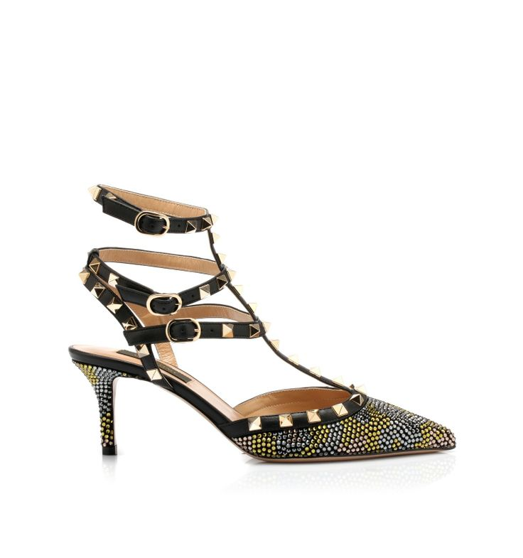 Bukled straps sandals by @Valentino #shoes #shoeaholic
