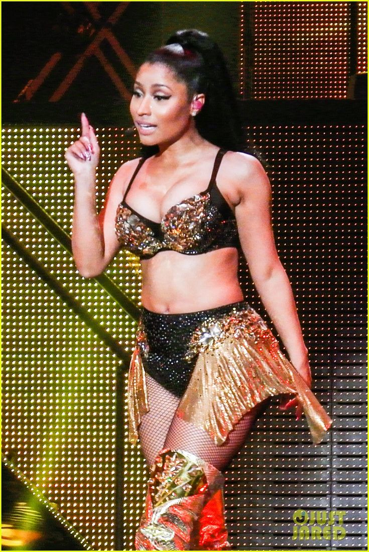 nicki minaj birmingham concert 11 Nicki Minaj shows off her assets while performing live at the Barclaycard Arena during her Pinkprint Tour on Friday evening (April 3) in Birmingham, England.   …