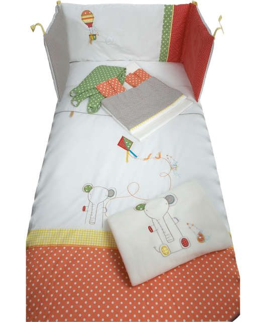 Elfie & Mop - 6 Piece Bedding & Curtains Set
