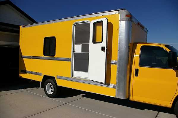Not vintage, but what a neat idea to turn a moving truck into a camper {moving-truck-rv-conversion}