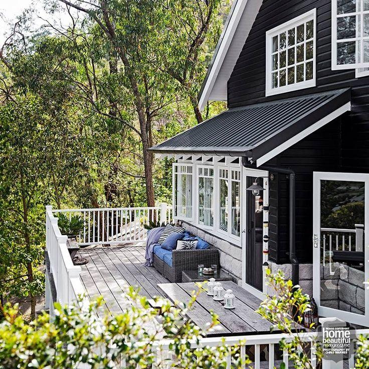 Coastal Vintage: Coastal Home - Tara Dennis