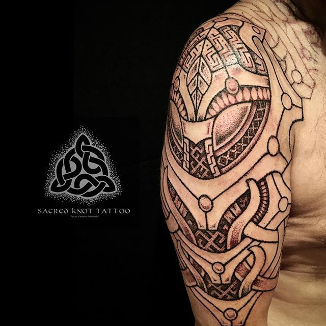 Tyr's logic. Chris wanted something more angular in contrast with his other sleeve, so this is what we've created so far. #viking #vikingtattoo #nordic #nordictattoo #norse #dotwork #dotworktattoo #norrøn #asatru #scandinavian #tattoo #vikings #knotwork #knotworktattoo