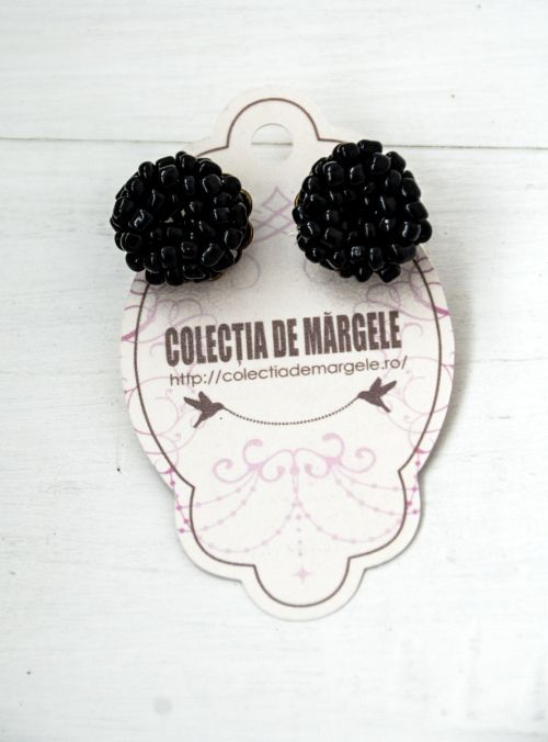 Crochet beading earrings  www.colectiademargele.ro