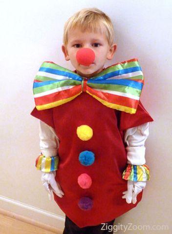 clown costume se puede hacer con una bolsa roja de plástico http://www.multipapel.com/subfamilia-bolsas-basura-colores-para-disfraces.htm