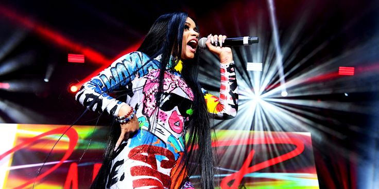 Cardi B Just Did What No Female Rapper Has Done In 19 Years