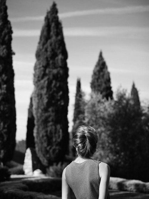 Annemarieke van Drimmelen fashion editorial portrait Elise Crombez photography black white