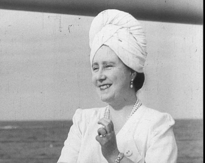 Queen Elizabeth, the Queen Mother sailing to South Africa, 1947