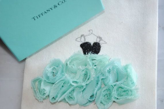 Breakfast at Tiffanys bridal shower: Tiffany Bridal, Inspiration Bridal, Crafts Cards, Bridal Invitations, Tiffany Blue, Favors Bags, Breakfast At Tiffany, Bridal Shower, Tiffany Theme