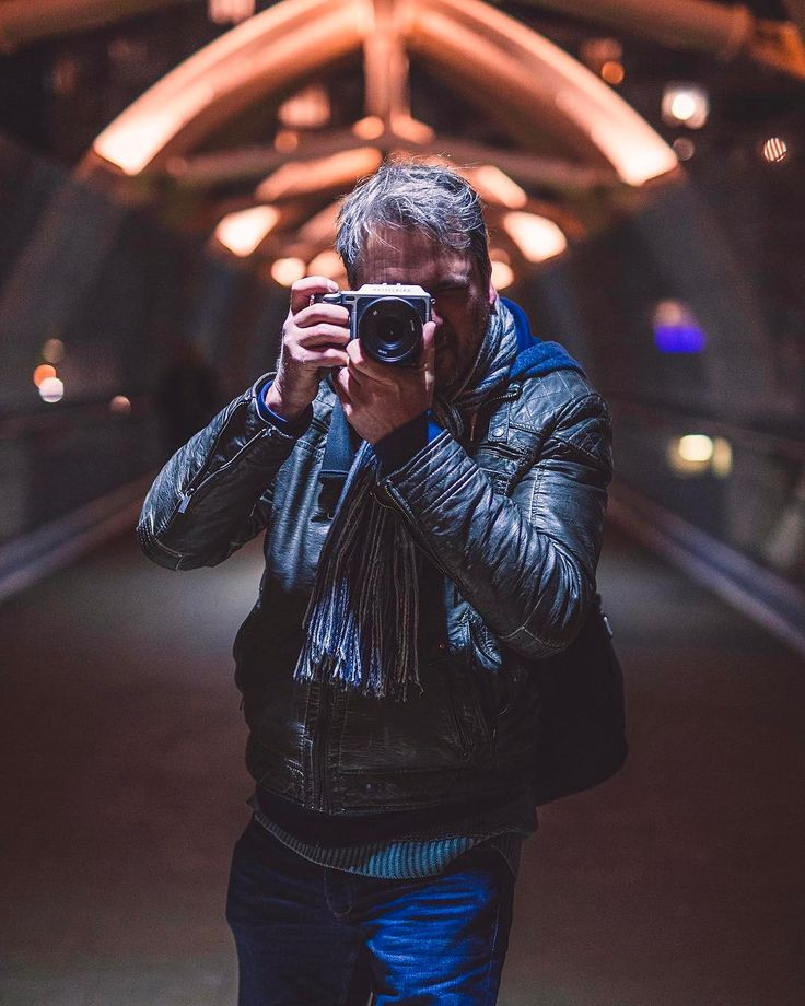 Haven't had a chance to do much portraits recently and been focusing on urban landscapes a lot more but I had the opportunity to meet @urbanexpl0rer while he was visiting Toronto and snapped this sweet shot of him! He was shooting with a sweet @hasselblad_official which is totally goals!  more portraits to come soon. . Shot with: Canon 5d Mark iii @canoncanada Sigma 50mm f/1.4 art @sigmacanada . Camera settings: Aperture: f/1.4 ISO: 2000 Shutter speed: 1/100s Focal length: 50mm