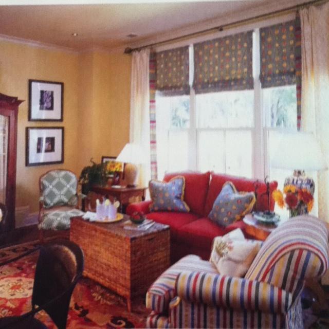 109 best furniture arrangement images on pinterest for Best living room arrangements for small spaces