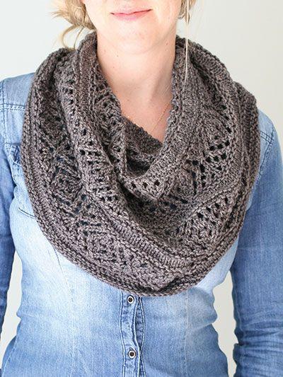 25+ best ideas about Knit scarves on Pinterest Knitting scarves, Knit scarf...