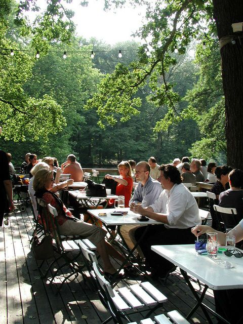 #Biergarten in the middle of #Tiergarten at a beautiful lake...you can rent boats there too...
