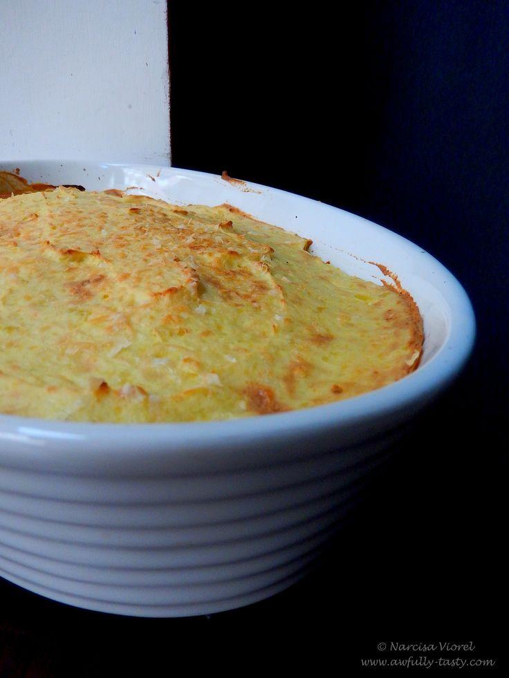 Veggie Shepherd's Pie.  Placinta cu legume si crusta din cartofi.