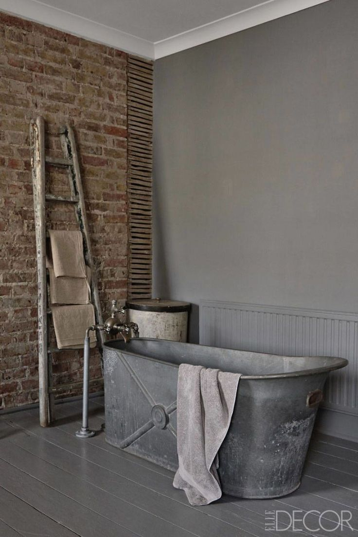 Emily brooks uncovers the bathroom basics that are vital to know - House Tour Inside A Brighton England Home With The Most Perfect Antique Touches