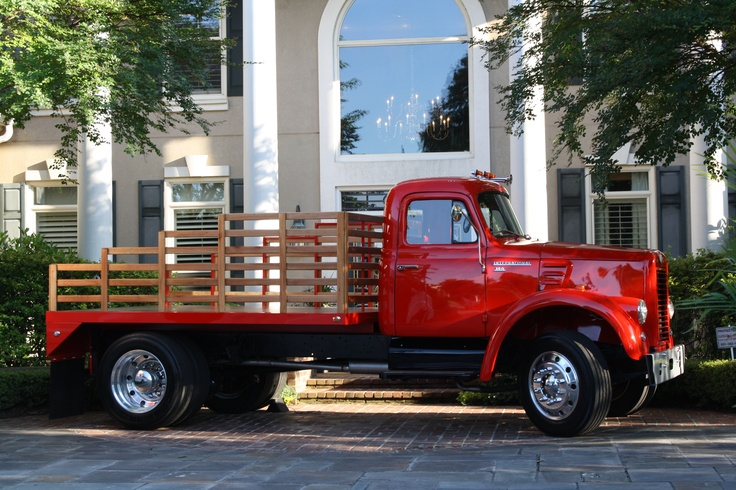 Old International Harvester : Antique international truck trucks