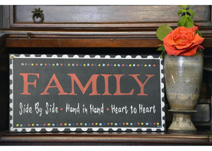 Family hand in hand – Side by side